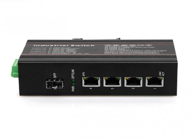 Portable Four Port Poe Switch , Fiber Optic Ethernet Switch 4 X 10/100/1000Base-T