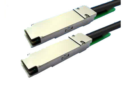 China 40G Fiber QSFP Optical Transceiver For Data Center Low Power Dissipation supplier